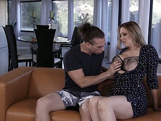 Real gaffer MILF Julia Ann is modified with a domineer good cunnilingus